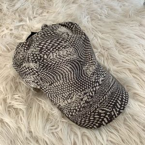 Lululemon Running Hat